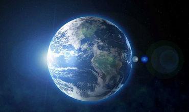 Отметим, конец человеческой цивилизации предрекал и знаменитый астрофизик Стивен Хокинг – правда, он давал людям немного больше времени.