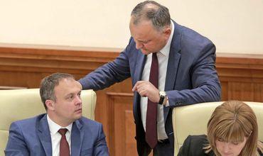 Додон назвал пустыми угрозы спикера парламента объявить ему импичмент. Фото: Accent TV.