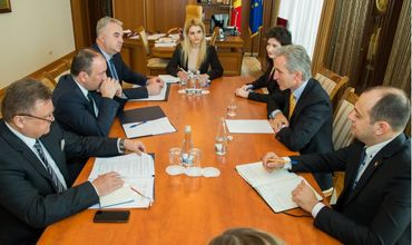 Лянкэ провел встречу с министром иностранных дел Боснии и Герцеговины