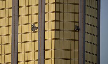 Владельцы отеля в США отрицают, что поздно вызвали полицию при стрельбе. Фото: AP Photo