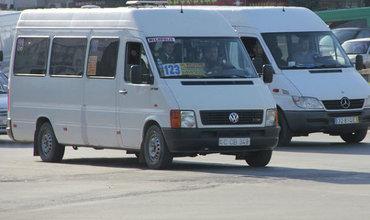 Мэрия снова изменила решение по столичным маршрутным такси