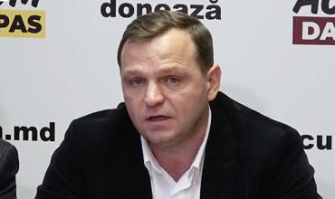 Нэстасе призвал граждан отказать в поддержке независимым кандидатам.
