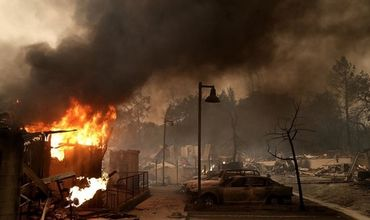 В Калифорнии в результате пожаров погибло более 30 человек.