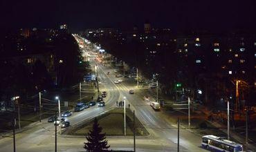 Кодряну проверил работу новых светодиодных фонарей на столичной улице