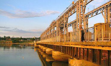 Парламент не смог запросить отчет кабмина по гидроэлектростанциям