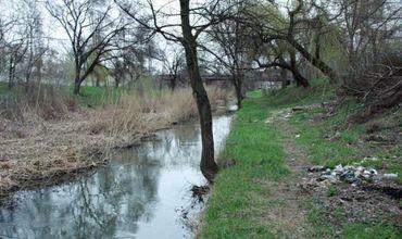 В столице проведут акцию по уборке русла реки Бык.