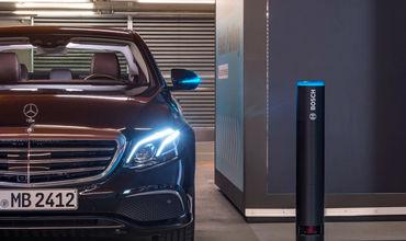 В Германии разрешили системам автономного вождения Bosch и Daimler парковать автомобили самостоятельно.