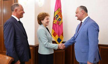 Российские гости прибыли в нашу страну по приглашению президента.