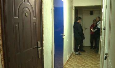 В квартире на Ботанике соседи обнаружили труп мужчины.