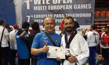 Петру Катарага завоевал серебряную медаль в категории K42 - 62 кг. Фото: realitatea.md.