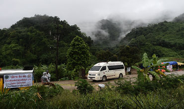 Пещеру в Таиланде, где спасли детей, закроют на сезон дождей.