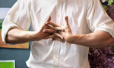 Когда человек хрустит суставами пальцев биоматик для суставов