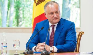 Додон назвал условие возвращения молдавского вина на российский рынок