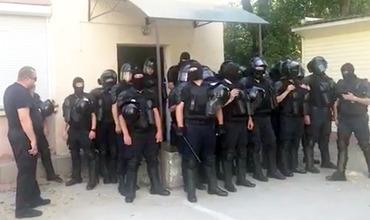 В офисе полковника, заявившего о поддержке правительства Санду, идут обыски.