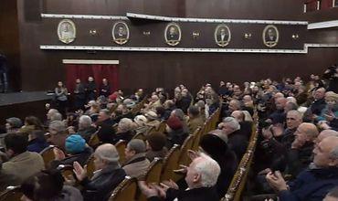 Проходит собрание новой инициативной группы по референдуму «антимикст»