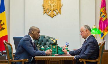 Игорь Додон обсудил с Дереком Хоганом свой предстоящий визит в США