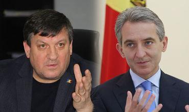 Министр транспорта и дорожной инфраструктуры Министр Юрие Киринчук и бывший премьер РМ Юрие Лянкэ.