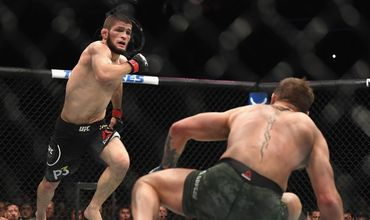 Нурмагомедов опустился на третье место в рейтинге бойцов UFC.