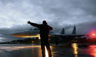 Истребители Су-27 были подняты в Крыму после приближения самолётов-разведчиков США.