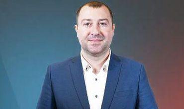 Депутат от блока ACUM Петру Фрунзэ.
