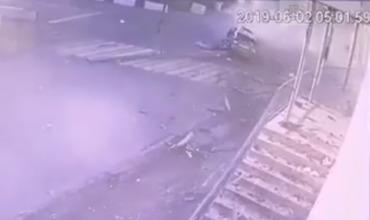 В местной полиции подтвердили, что водитель действительно жив.
