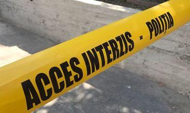 На лестничной клетке одного из домов в Хынчештах найден труп мужчины.