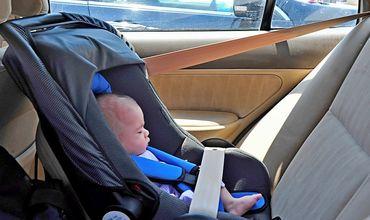 На машинах появятся индикаторы, напоминающие водителям, чтобы те не оставляли детей в авто.