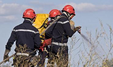 На Украине во время учений на военном полигоне начался пожар.