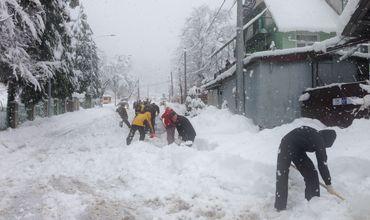 240 населенных пунктов в центре и на юге страны оставались без электроэнергии.