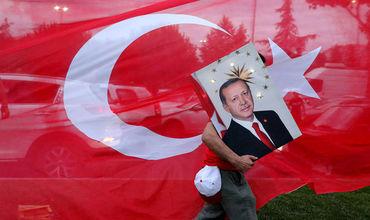 В Турции анонсировали окончание режима ЧП