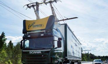 В Германии открыли первую дорогу с подзарядкой для фур.