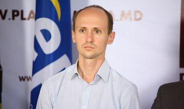 Депутат от блока ACUM Ливиу Вовк.