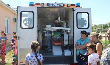 Два спецавтомобиля с радиологическим оборудованием выехали в Криуляны и Фалешты для выявления случаев туберкулеза или рака легких. Фото: gov.md.