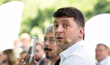 """Зеленский заявил, что """"сойдет с ума"""" в здании президентской администрации."""