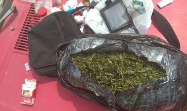 В Бельцах полиция задержала женщину и двоих мужчин за употребление и реализацию наркотических веществ.