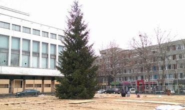 На площади Великого Национального Собрания будет отмечаться только Новый год.