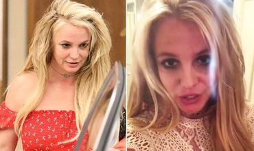 Ранее СМИ опубликовали фотографии, сделанные при выходе Спирс из психиатрической лечебницы в Беверли Хиллз.