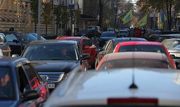 На Украине автомобилисты продолжают акции протеста у границы