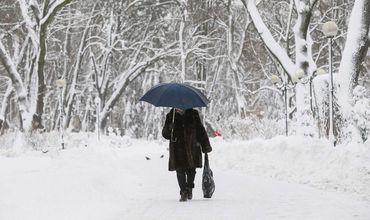 Снег в Молдове будет идти еще три дня.