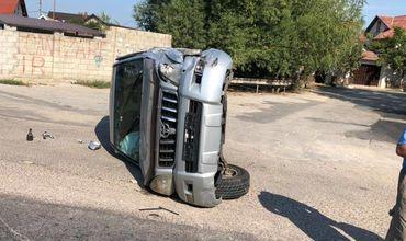 Микроавтобус попал в аварию в Думбраве, 3 пассажира в больнице.