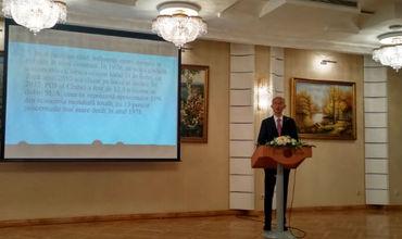 Китай искренне убеждён, что Молдова добьётся больших успехов в процессе своего экономического и социального развития.