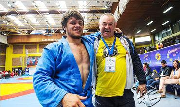 Сергей Ошлобану вместе со своим тренером Юлианом Пятиковским.