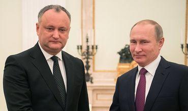 По результатам встречи Додона и Путина период легализации для молдаван в РФ продлен до 12 мая
