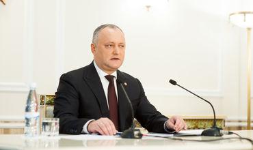 Додон: Противостояние Запада и РФ опасно для Молдовы и для всего региона