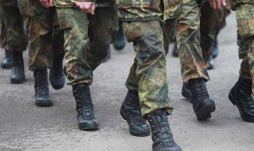 Сотни солдат отказываются от службы в бундесвере