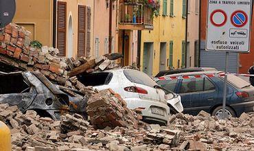 Более 20 человек погибли при землетрясении в Италии