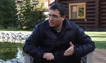 Российский предприниматель молдавского происхождения Ренато Усатый организовал пресс-конференцию для молдавских журналистов в Москве, в связи с тем, что был вынужден покинуть Молдову.