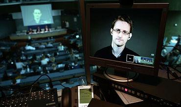 Во Франции ответили попросившему убежища Сноудену