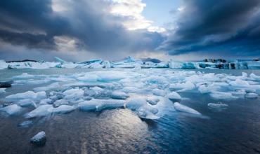 Исследователи напоминают, что уже сейчас в Мировом океане возникают мертвые зоны, где практически нет кислорода.
