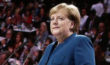 42731e36011f Ангела Меркель  Немецким кораблям пора бросить якоря у берегов Крыма